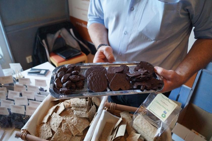 La Gott med t.ex. Chokladdoppat knäckebröd i form av älgar... Helt superbt!!!