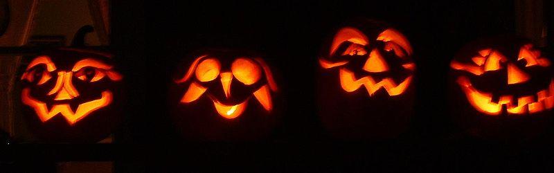 800px-Scary_Halloween_pumpkins