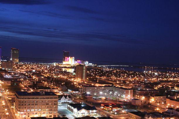 """Alla har inte möjlighet att åka till Atlantic City. Men man kan ju alltid """"resa"""" till ett nätkasino om man önskar... (Foto: Wikimedia Commons)"""