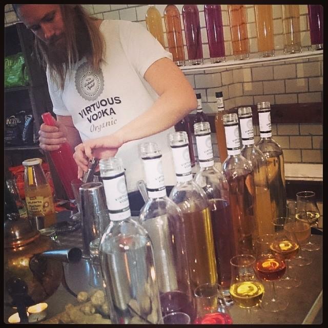 Virtuous Vodka var på plats och bjöd på härligt värmande chaidrink med vaniljvodka samt den godaste sommardrinken ever, med smak av deras fantastiska hallonvodka. (Foto: Charles Thulin)
