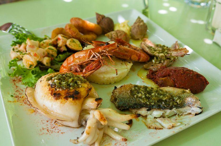 Laroche Saint Martin passar utmärkt till skaldjursbuffén! (Foto: Wikimedia Commons)