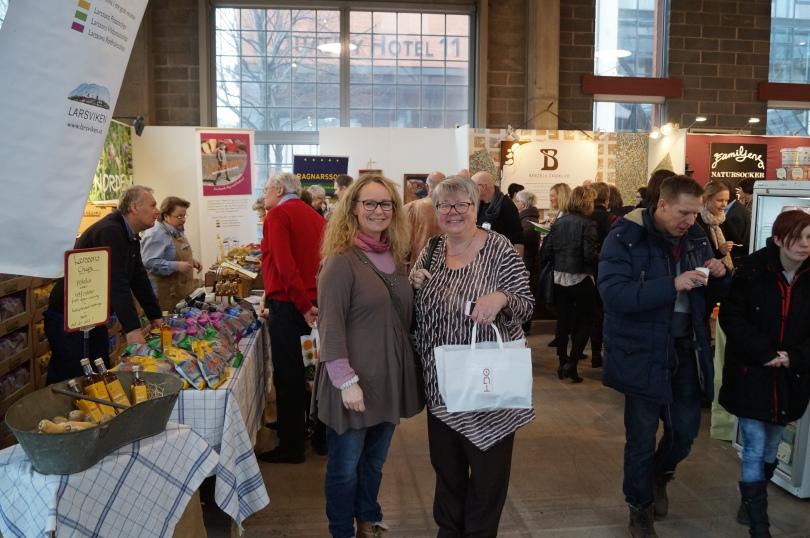 Glada besökare - Cecilie Hofny och Inger Fjordgren