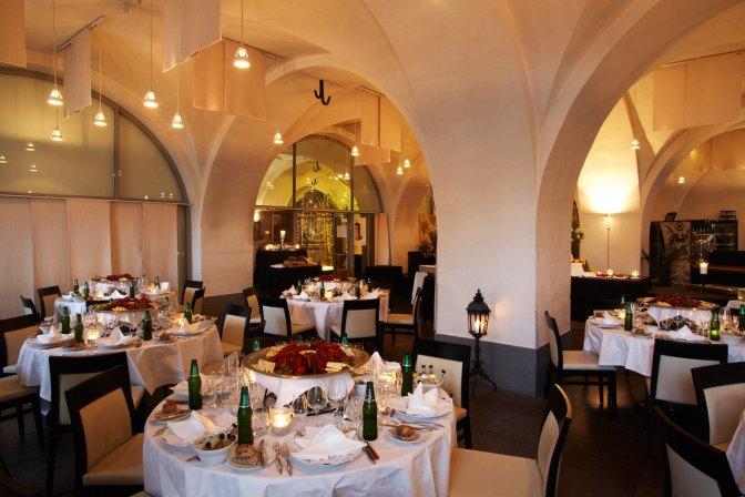 Lunchrestaurang i anrik miljö – Restaurang Borggården